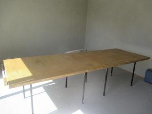 Stůl na řezání a zpracování